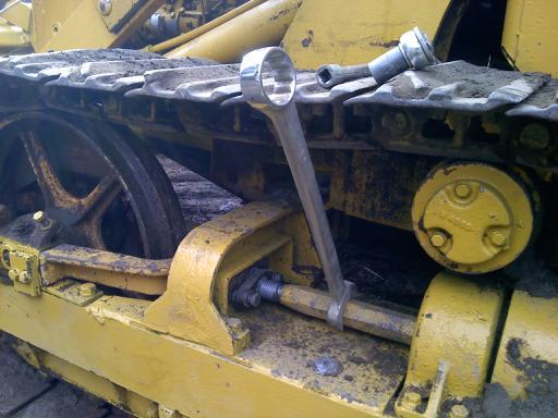 hd3 track adjustmentlink removal allischalmers forum