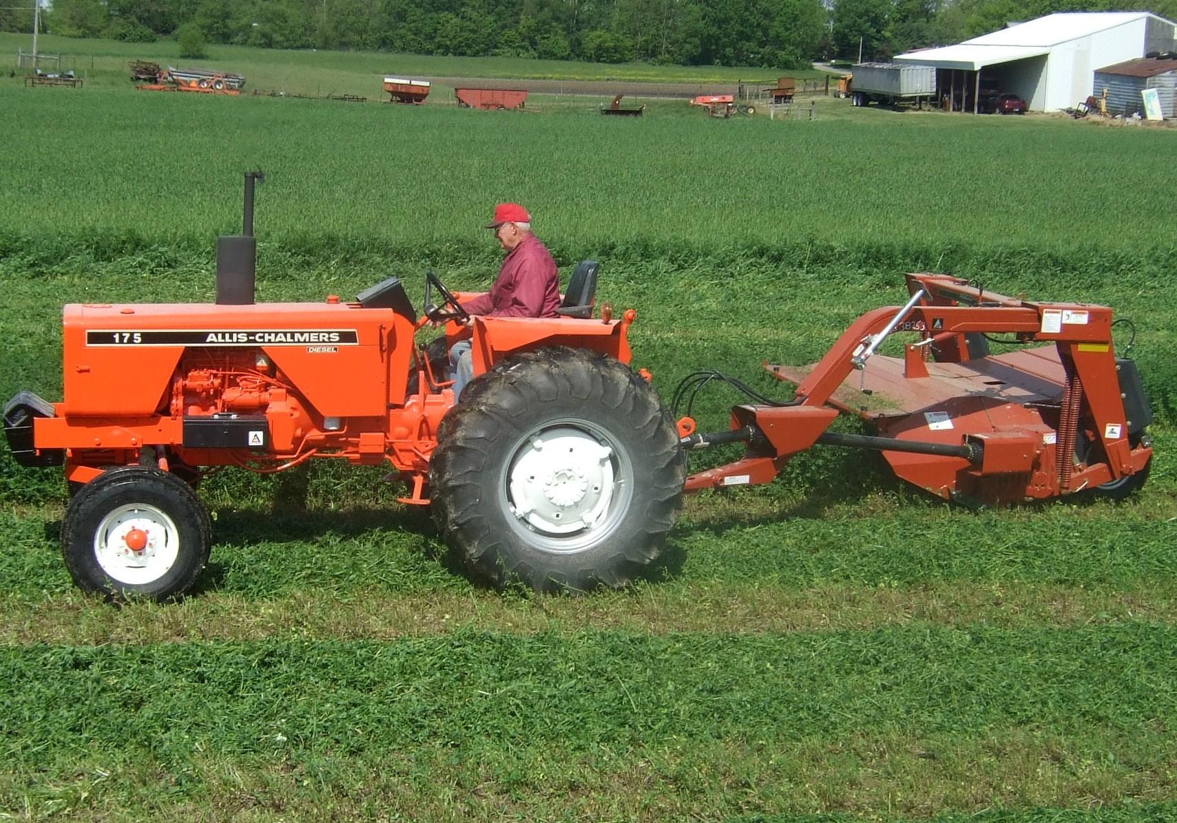 Allis Chalmers 175 : Allis chalmers tractor autos post