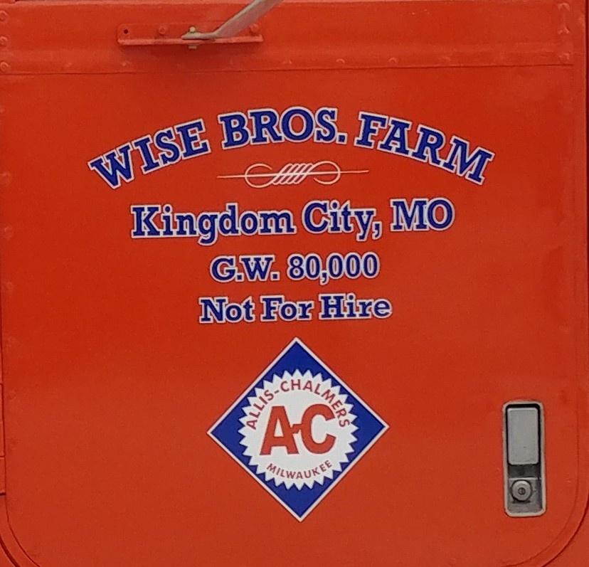 We got the AC decals on the Paystar truck - AllisChalmers Forum